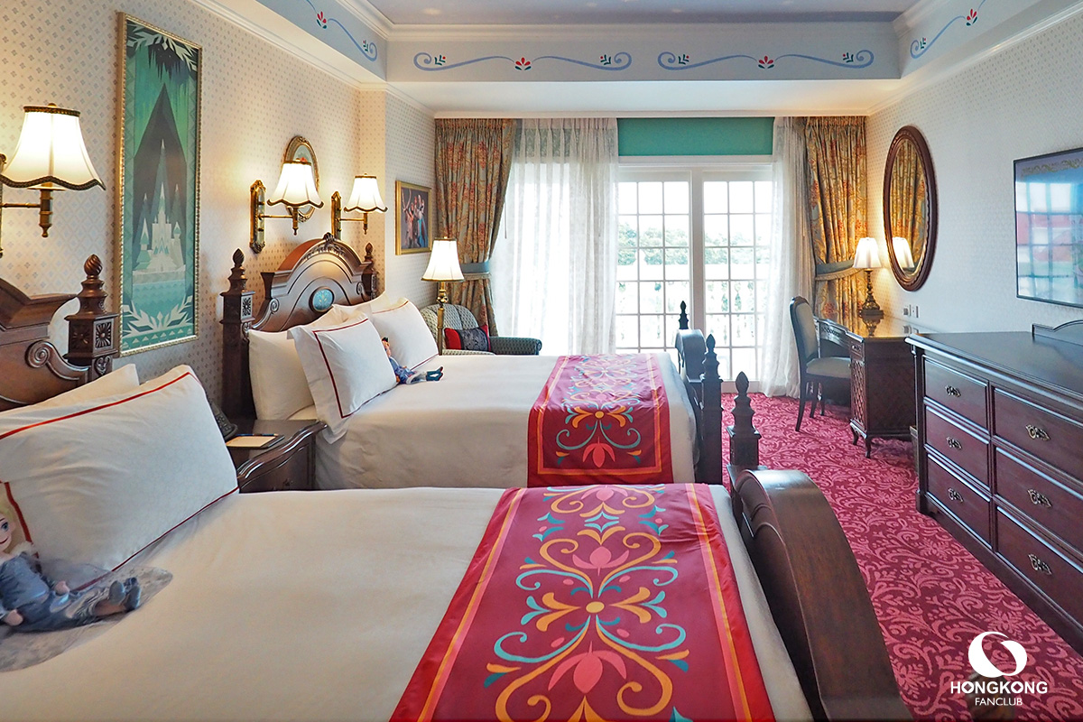 Frozen Suite Hong Kong Disneyland